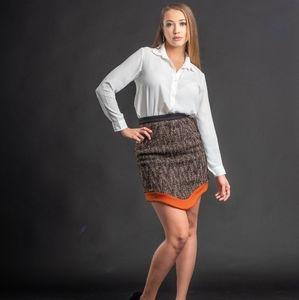 Oblong pencil skirt